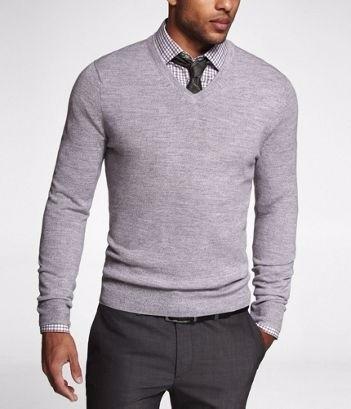 merino-v-neck-sweater-long-island