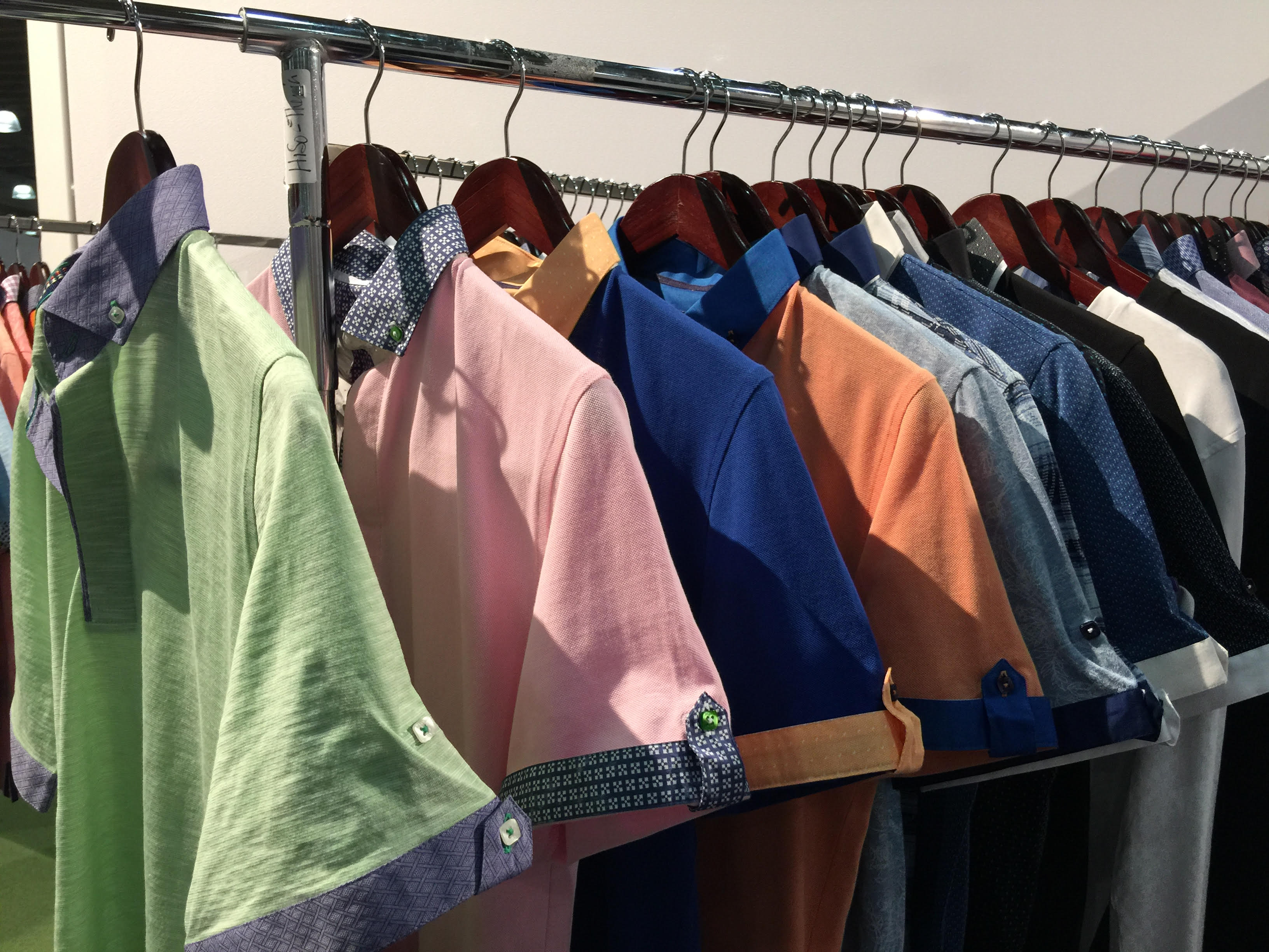 color-shirts-trade-show