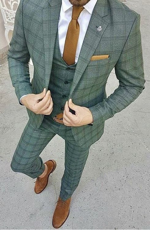 The PERFECT Groom Suit this year!
